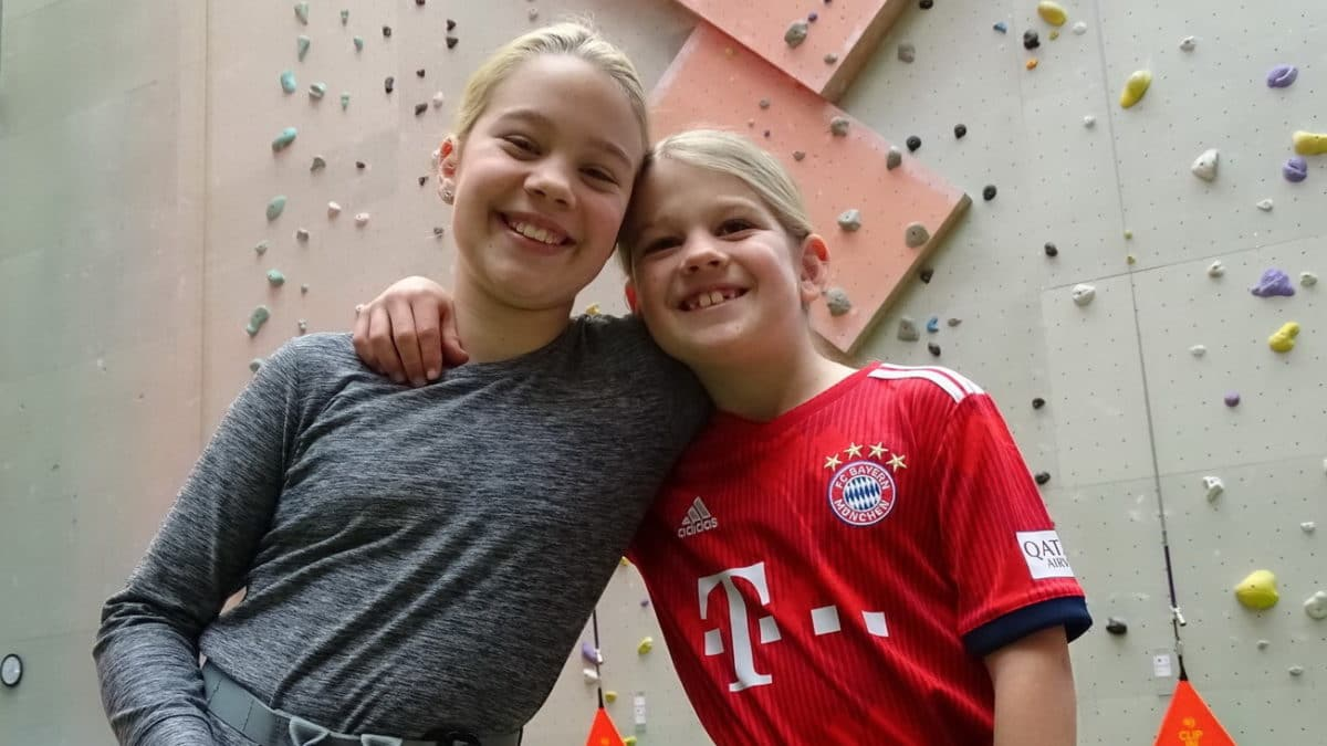 Kinder Klettern im Neolite Easy Climb Essen