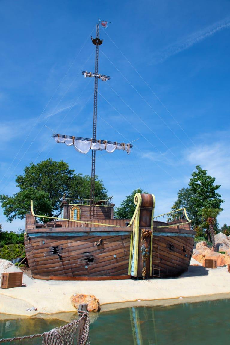 Freizeitpark Toverland präsentiert neue spektakuläre Sommershow (PM) - - 2 -