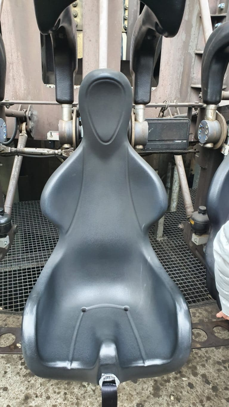 Heide-Park-Resort-Scream-Gyro_Sitzschale